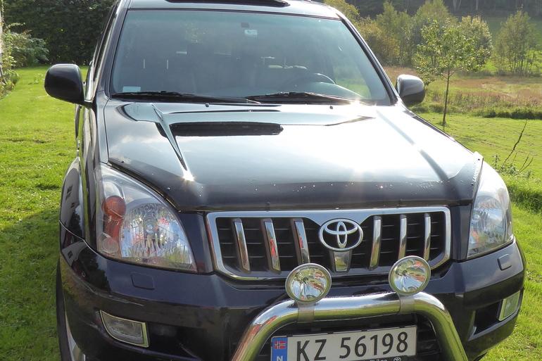 Billig leie av Toyota Landcruiser  med GPS nærheten av 0571 Oslo.
