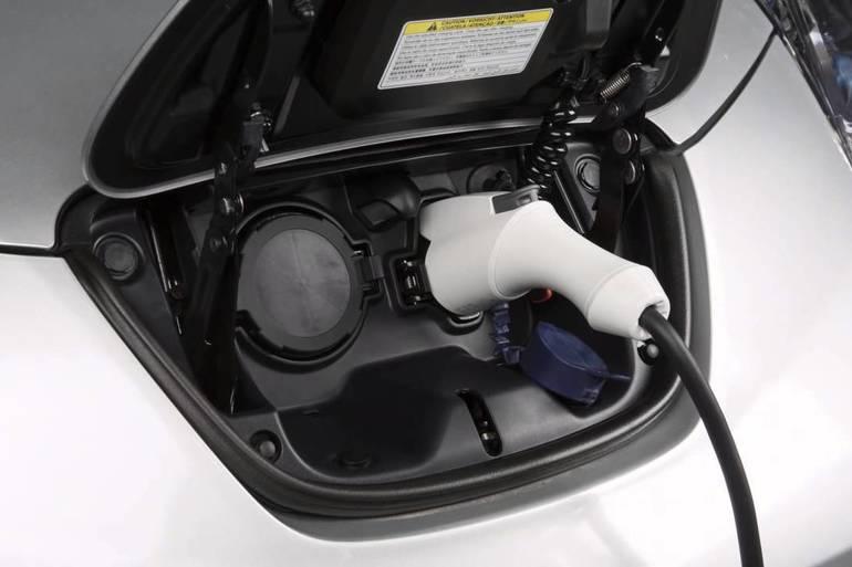 Billig leie av 2016 Nissan Leaf  - 30 kWh / 250 km rekkevidde -> LEDIG HØSTFERIE 2017 med AUX/MP3-inngang nærheten av 1253 Oslo.