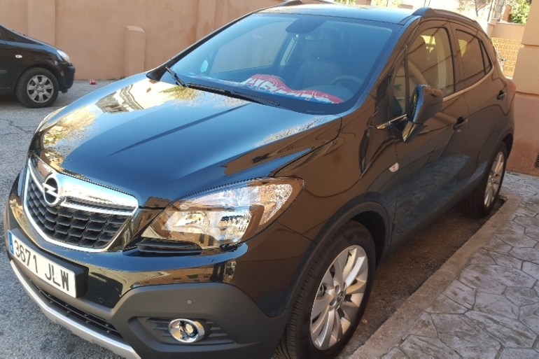 Alquiler barato de Opel Mokka 1.4 T Excellence 4wd S/S con equipamiento GPS cerca de 28018 Madrid.