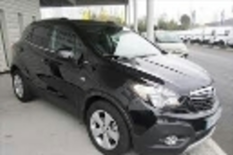 Alquiler barato de Opel Mokka 1.4 T Excellence 4wd S/S con equipamiento Bluetooth cerca de 28018 Madrid.