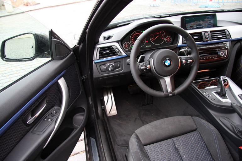 Alquiler barato de Bmw Serie 4 F32 420Da M-Sport Ed con equipamiento AUX/Reproductor MP3 cerca de 28051 Madrid.