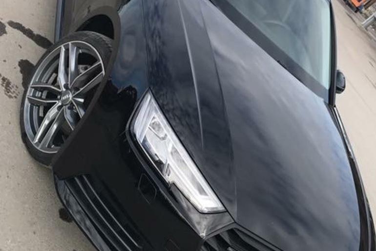 Billig biluthyrning av Audi a4 med DVD-spelare i närheten av 163 61 Stockholm.