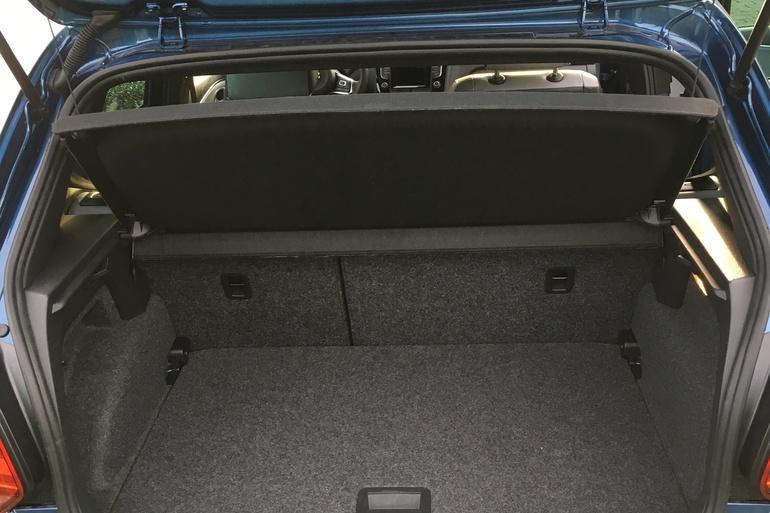 Billig billeje af VW Polo TSI 150 BlueGT ACT  nær 3460 Birkerød.