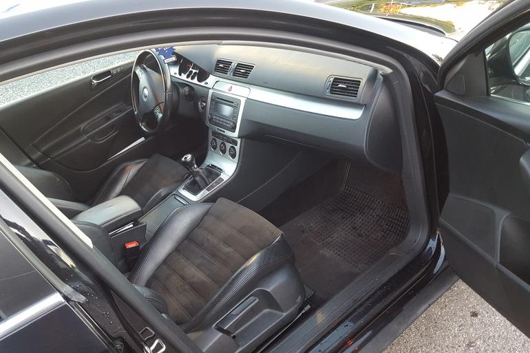 Billig leie av VW Passat 1.9 tdi HIGHLINE 2006 modell. med Skinnseter nærheten av 0673 Oslo.