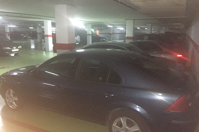Alquiler barato de Ford Mondeo 2.0 Tdci 130 Trend con equipamiento Elevalunas eléctricos  cerca de 11009 Cádiz.