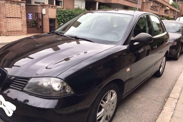 Alquiler barato de Seat Ibiza Hit 1.9 Tdi con equipamiento Cadenas de nieve cerca de 28221 Majadahonda.
