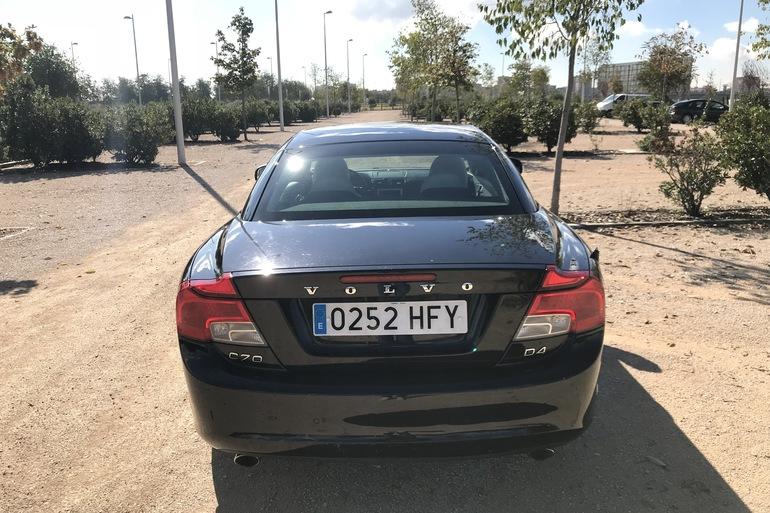 Alquiler barato de Volvo C70 Cabrio 2.0 D Momentum At con equipamiento Asientos de cuero cerca de 28033 Madrid.