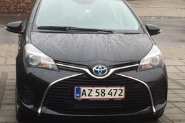 Toyota Yaris Hybrid H2 med automatgear