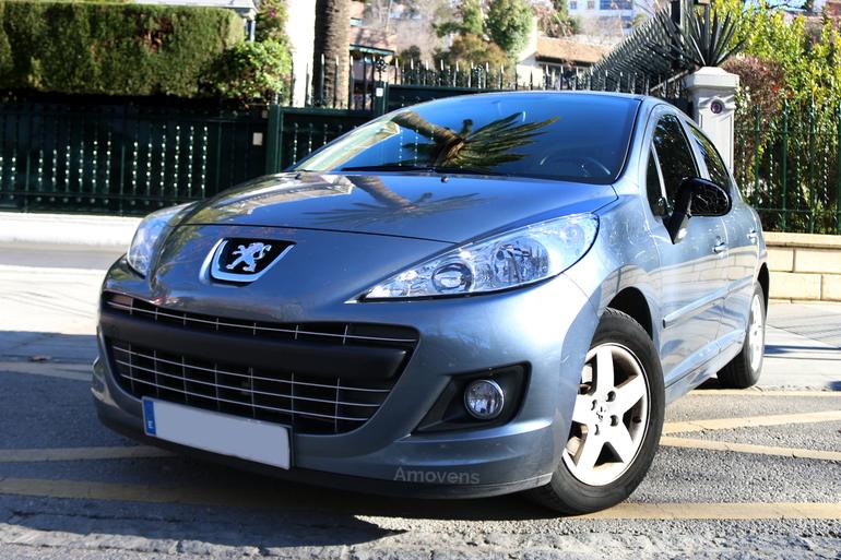 Alquiler barato de Peugeot 207 Sport 1.4 Hdi 70 cerca de 18005 Granada.