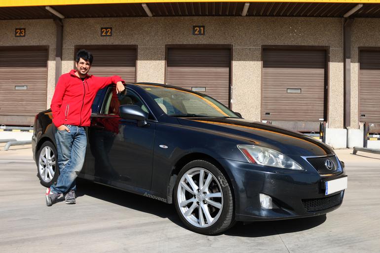 Alquiler barato de Lexus Is 220D Sport Multimedia con equipamiento AUX/Reproductor MP3 cerca de 28400 Collado Villalba.