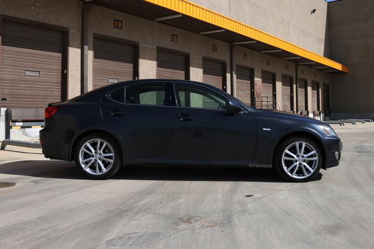 Alquiler barato de Lexus Is 220D Sport Multimedia con equipamiento Fijaciones Isofix cerca de 28400 Collado Villalba.