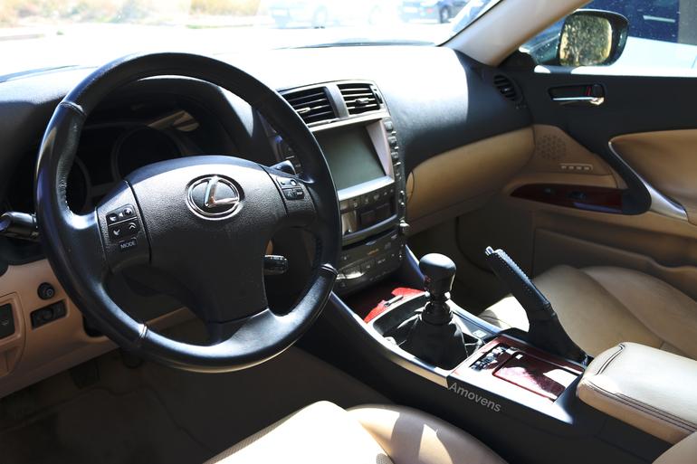 Alquiler barato de Lexus Is 220D Sport Multimedia con equipamiento Lector CD cerca de 28400 Collado Villalba.
