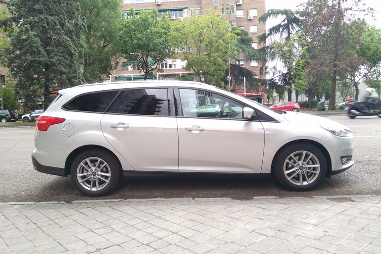 Alquiler barato de Ford Focus 1.5 Tdci 120 Trend+ con equipamiento AUX/Reproductor MP3 cerca de 28012 Madrid.